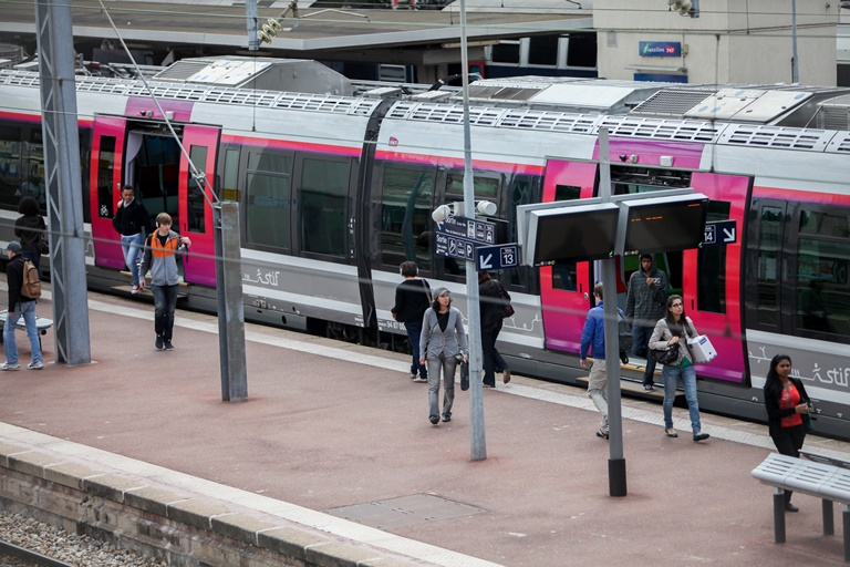Train Pontoise