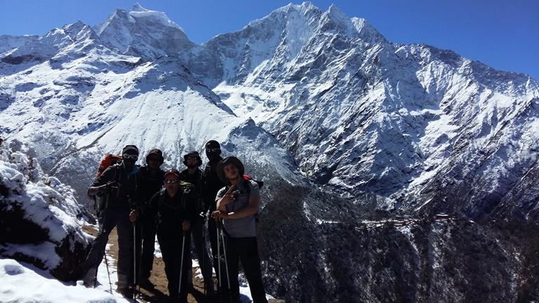 Les 6 jeunes de l'Expédition Fraternité au couer des montagnes
