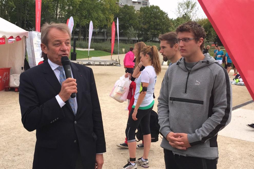 Dominique Lefebvre, présidnet de la Communauté d'agglomération et Axel Chapelle, champion du monde junior de saut à la perche 2014