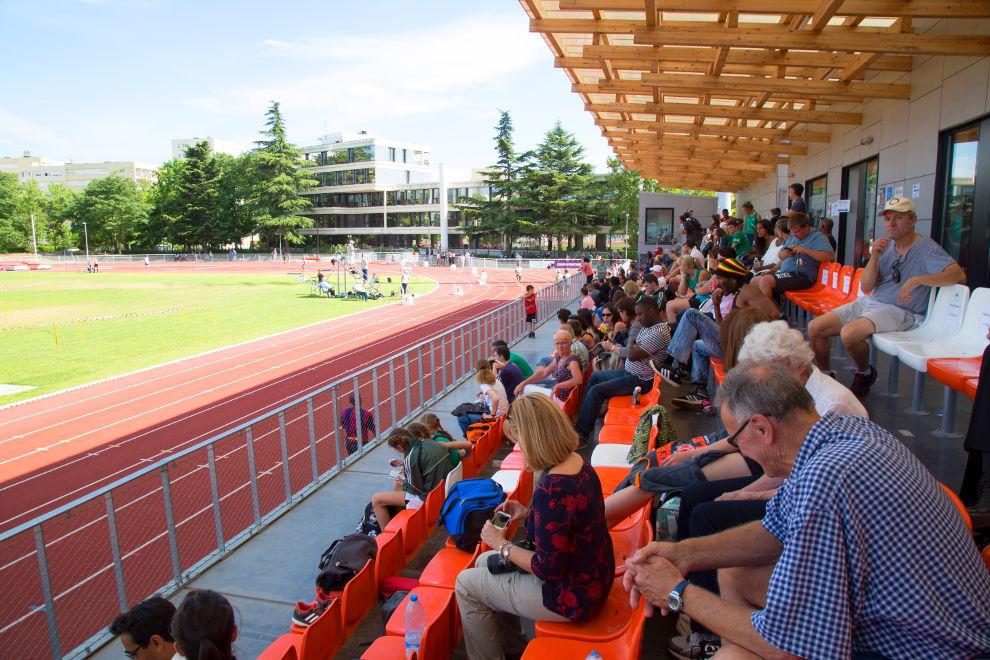 Le stade des Maradas, rénové par la Communauté d'agglomération de Cergy-Pontoise