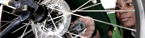 atelier de réparation vélo, La Sauvegarde 95, ESS, économie sociale et solidaire, réduction des déchets