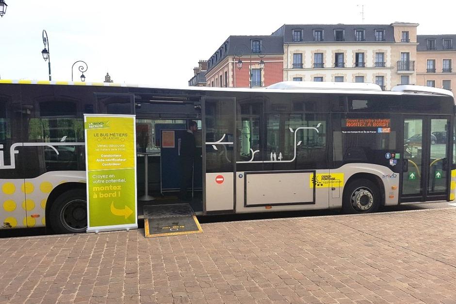 Le bus métiers de la STIVO