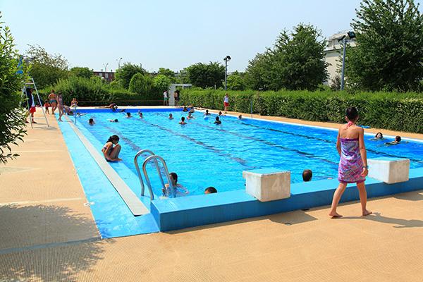 piscine extérieure des Louvrais, Pontoise, Cergy-Pontoise