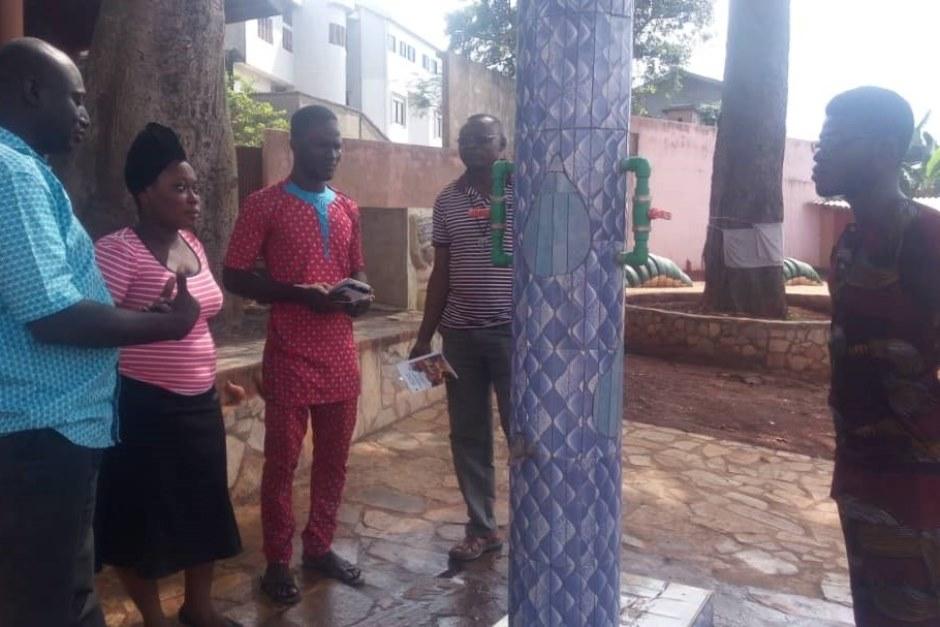 Une fontaine à Porto Novo