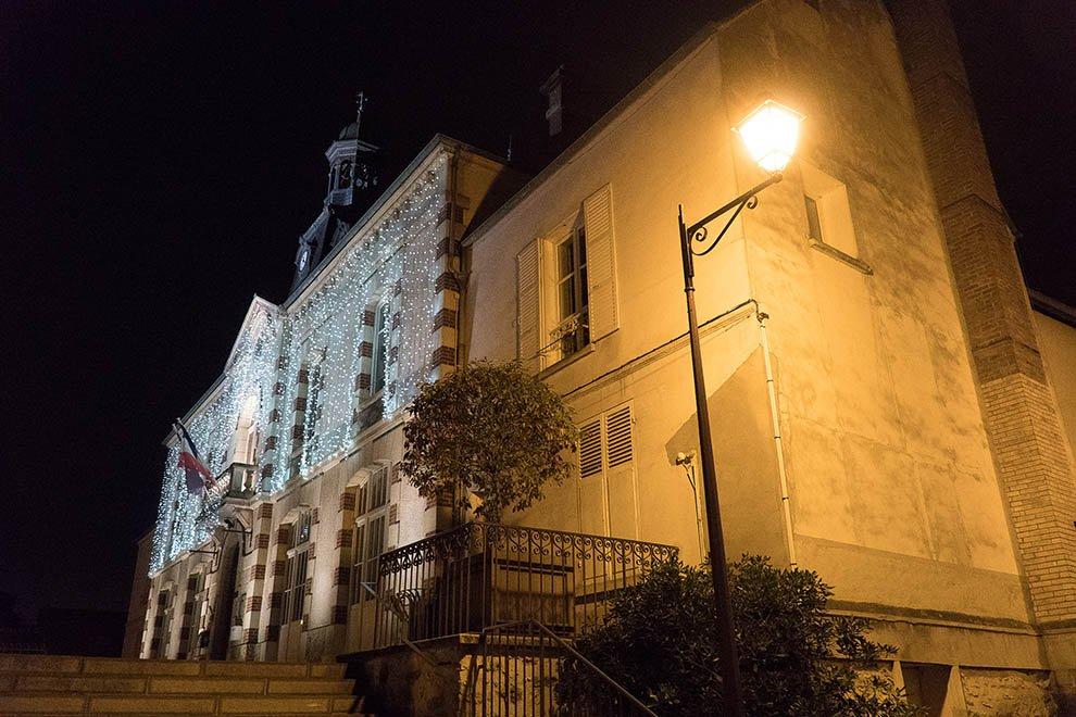 Mise en lumière du patrimoine à Jouy-le-Moutier © CACP LD