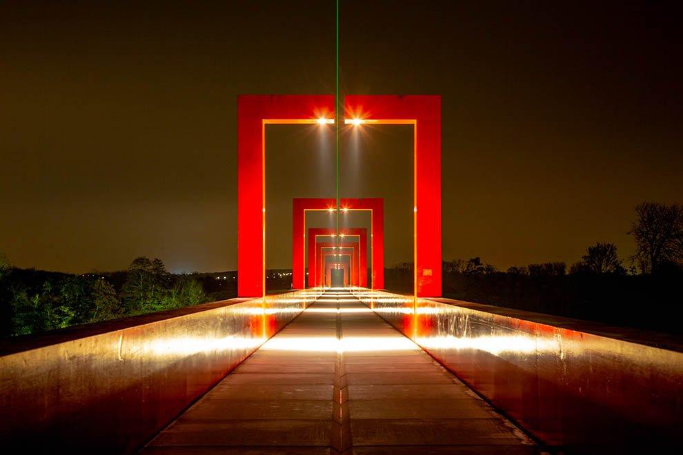Mise en lumière du patrimoine à la passerelle de l'Axe majeur © CACP LD