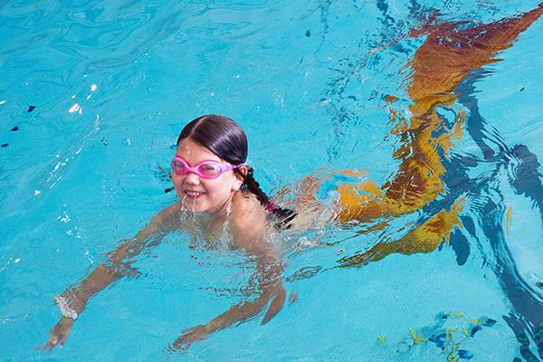 sirène, piscine, cergy-pontoise
