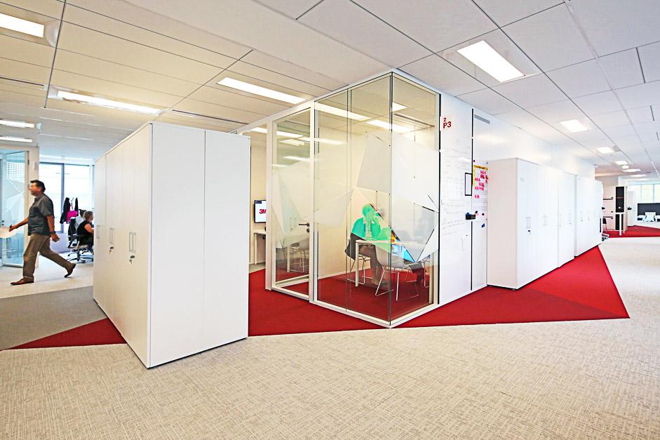 Des espaces conçus pour le travail collaboratif dans le nouveau siège de 3M à Cergy-Pontoise