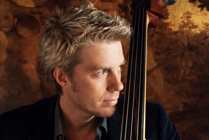 le contrebassiste Kyle Eastwood, fils de Clint, est l'une des tête d'affiche de cette 24ème édition de Jazz au fil de l'Oise. Rendez-vous le 14 novembre pour le voir en concert.