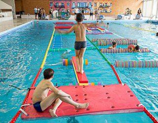 Accéder à 8-15 ans ! Activités ludiques piscine du Parvis pendant les vacances de Noël