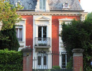 https://13commeune.fr/app/uploads/2019/11/Villegiature-Pontoise-2-321x250.jpg