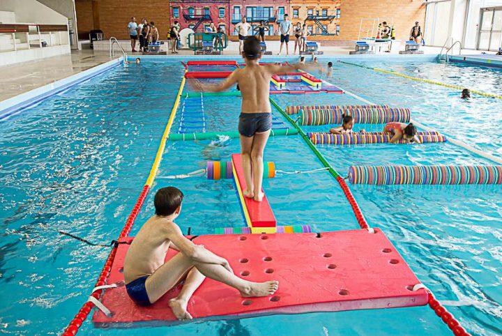 Parcours sportif à la piscine