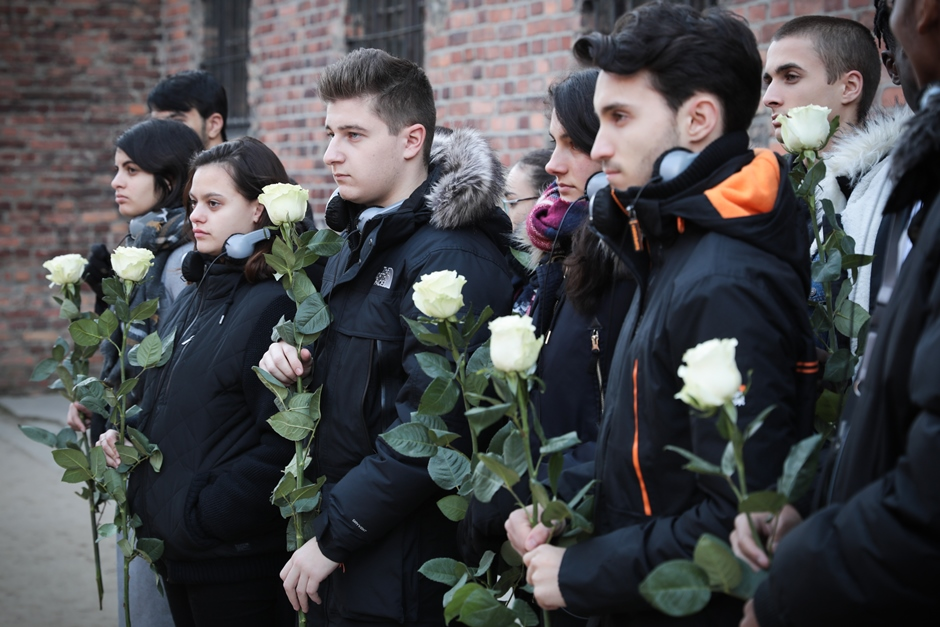 Les élèves du Lycée de l'Hautil de Jouy-le-Moutier à Auschwitz-Birkenau