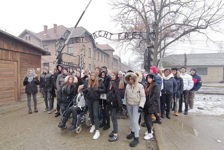 Lycéens Jouy-le-Moutier Auschwitz