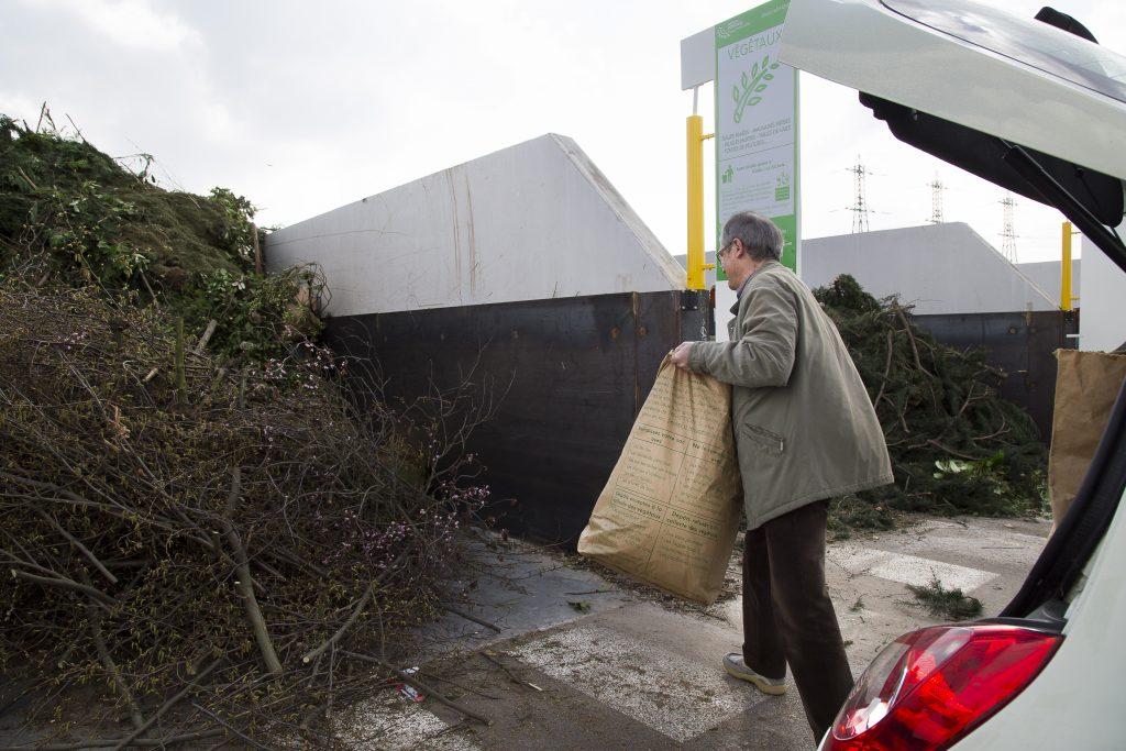 Dépôt de déchets verts déchèterie des Linandes