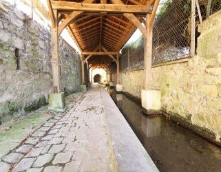 https://13commeune.fr/app/uploads/2020/07/Lavoir-à-Eragny-sur-Oise-©Philippe-Lhomel-321x250.jpg