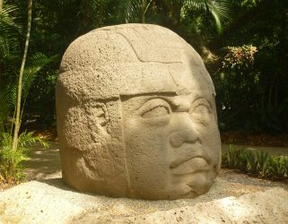 https://13commeune.fr/app/uploads/2020/07/olmec-619120_1280-321x250.jpg