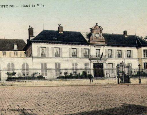 Le Couvent des Cordeliers, actuel Hôtel-de-Ville de Pontoise
