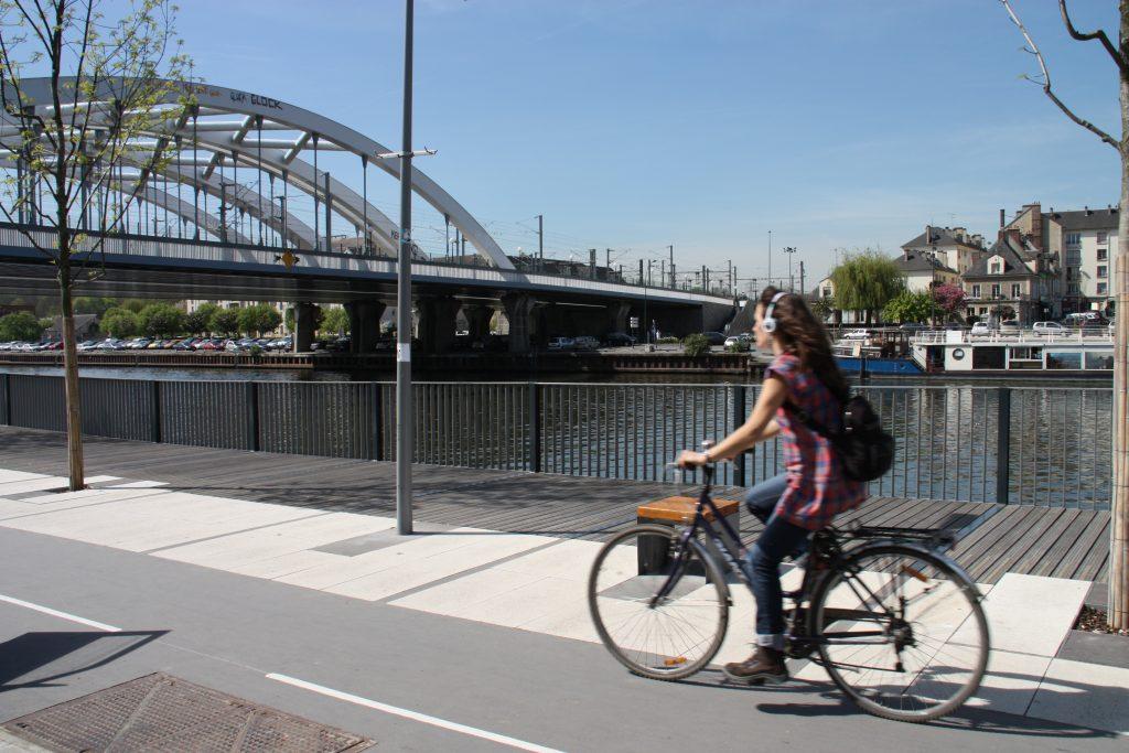 Cycliste bord de l'oise Saint-Ouen L'Aumône