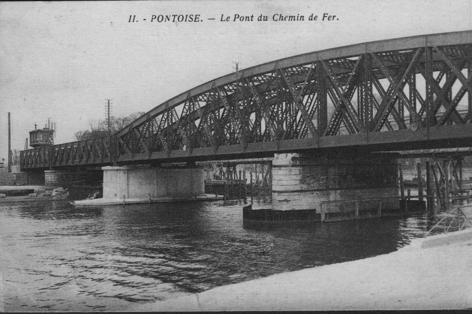 Le pont de chemin de fer construit en 1932. Archives municipales-Pontoise