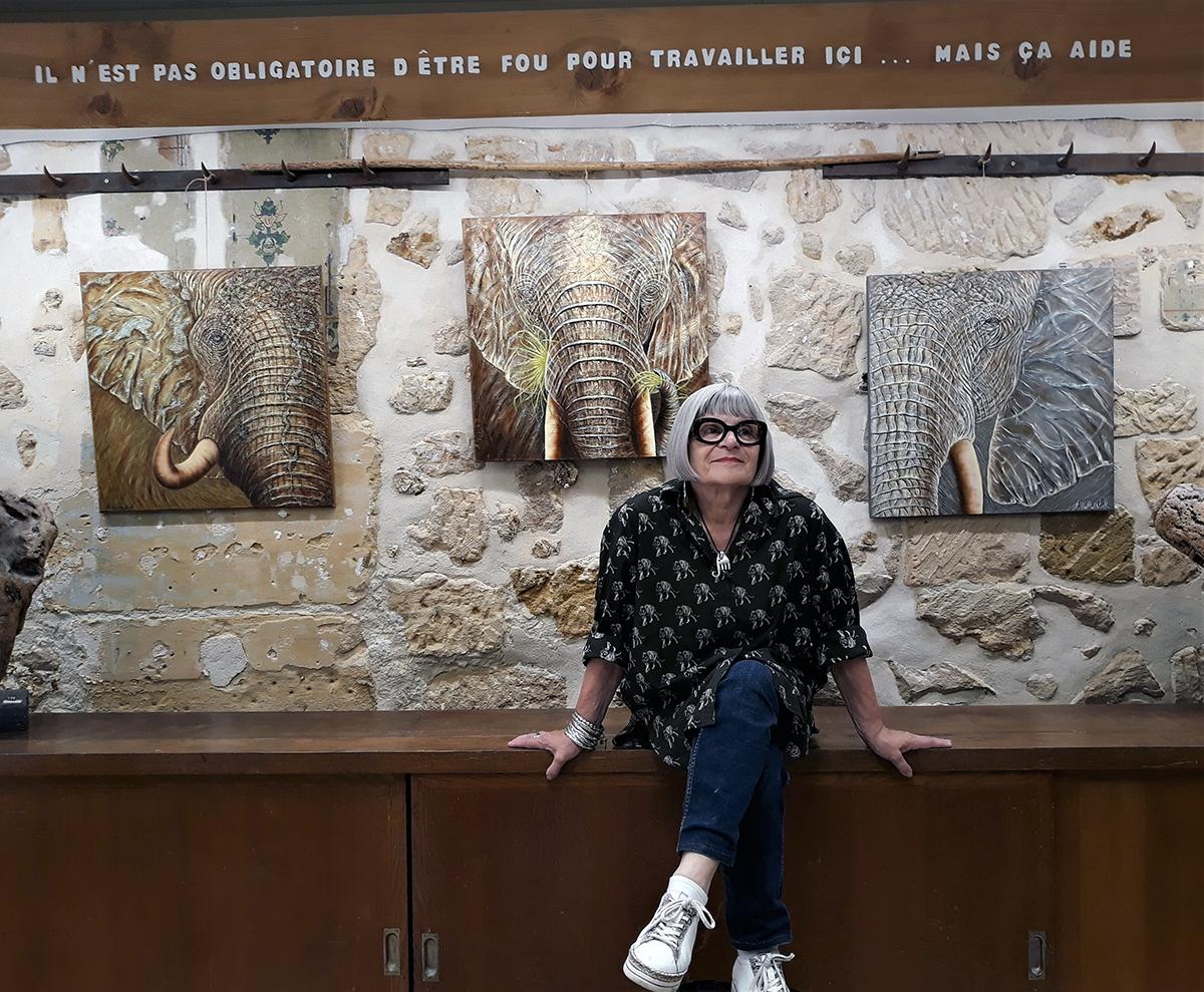 60 expositions d'art contemporain organisées sur 10 ans à l'Atelier Dar par Claude Boutin, dont la dernière fut consacrée à l'artiste Annie Walkowiak en septembre-octobre.