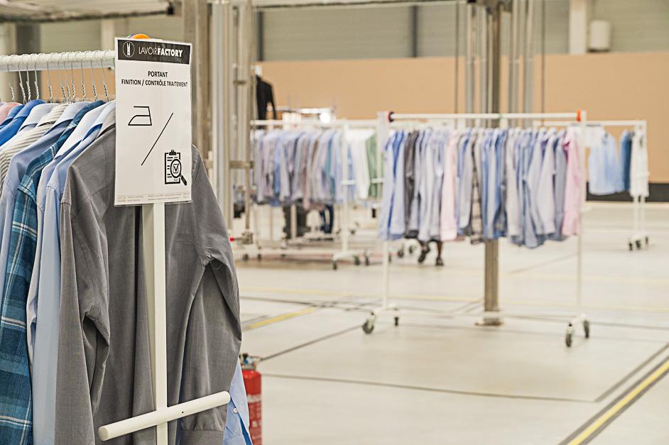 Des chemises traitées ar Lavoir Moderne