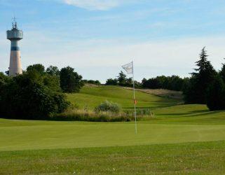 https://13commeune.fr/app/uploads/2021/04/Golf-Cergy-Vaureal-©-Ugolf-321x250.jpg