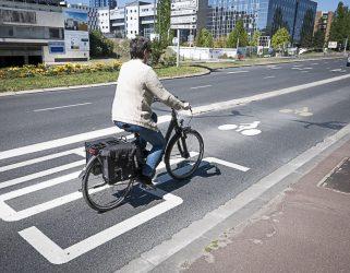 https://13commeune.fr/app/uploads/2021/04/Voie-bus-velo-boulevard-de-lHautil-321x250.jpg